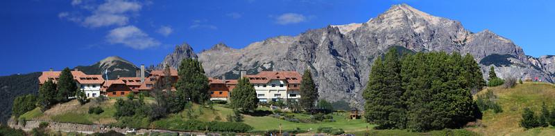 Lloa Lloa Hotel