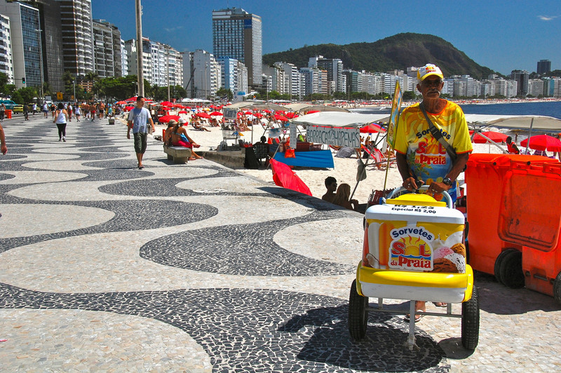 DSC_0217<br /> Ice cream vendor on Copacabana Beach.