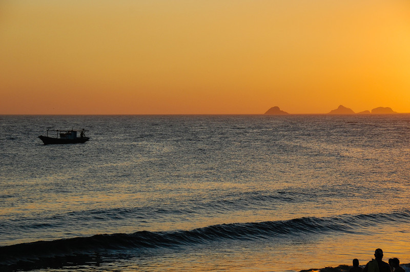 DSC_0315<br /> Ipanema at sunset.