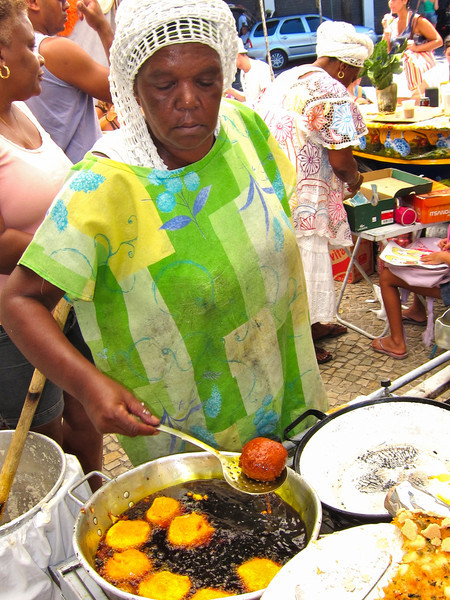 IMG_0006<br /> Creole lady cooking at the Ipanema Hippie Market.