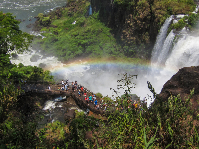 Standing rainbow.