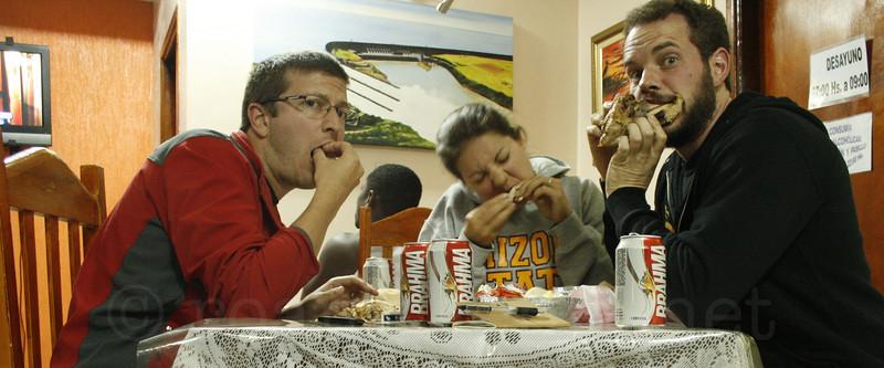 """Enjoying """"Mamma's Chicken"""" in Ciudad Del Este, Paraguay"""