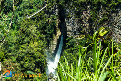 Pailon Del Diablo Falls