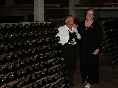 MA and the wine maker who turns the bottles of champaigne