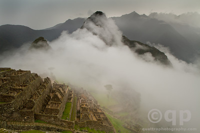 MACHU PICCHU UNDER THE CLOUDS