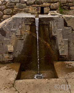 PRINCESS FOUNTAIN OLLANTAYTAMBO