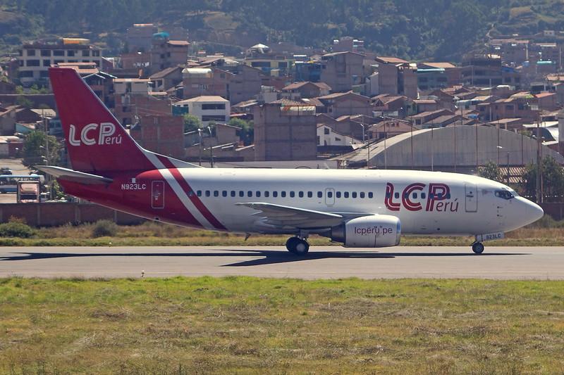"""N923LC Boeing 737-55S """"LC Peru"""" c/n 26543 Cuzco/SPZO/CUZ 03-05-16"""