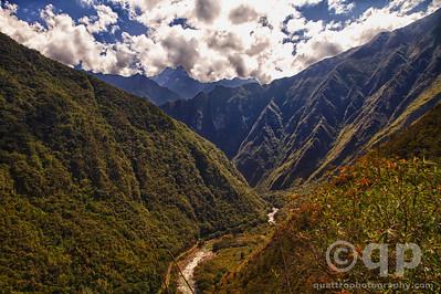 INCA TRAIL VALLEY