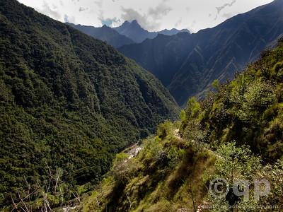 INCA TRAIL BEGINING ASCENT