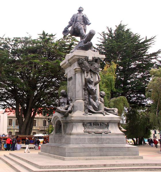 Punta Arenas, Chile 02-24-13 (085)Crp
