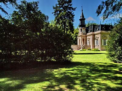 La Fortuna French villa