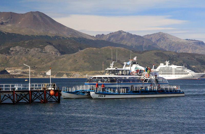 Catamaran Sightseeing