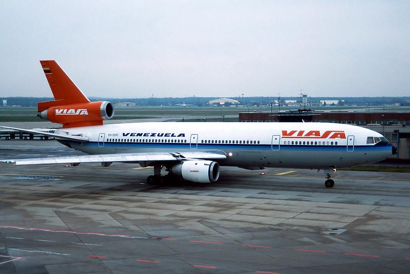 "YV-139C Douglas DC-10-30 ""VIASA"" c/n 46953 Frankfurt/EDDF/FRA 10-04-95 (35mm slide)"