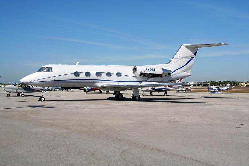 YV1681 Gulfstream 2 c/n 25 Tamiami/KTMB/TMB 05-12-08