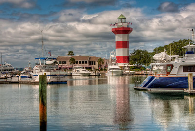 harbor-town-lighthouse