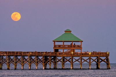 Blood moon rising, Folly Beach, SC.