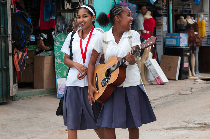 Girls with guitar, San Ignacio, Belize