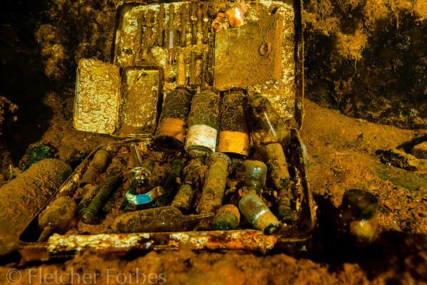 medicine box, Heian  Maru