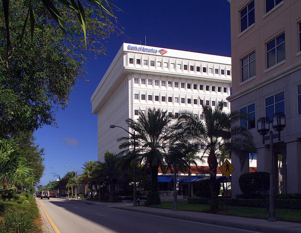 Bank of America Boca Merill Lynch in foreground