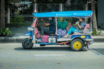 Tuks Tuks cheap and numerous in Bangkok