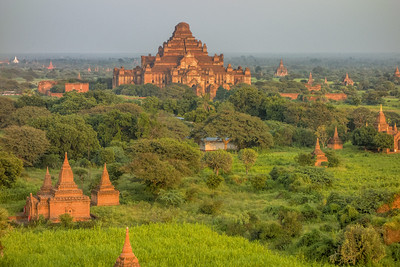 Pagodas and Temples in Burma (Myanmar)