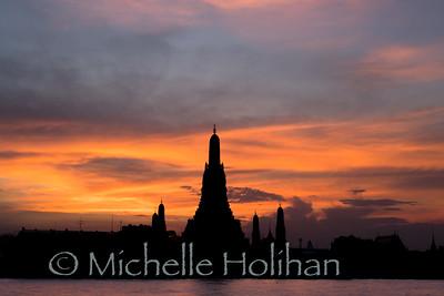 Wat Arun at sunset, Bangkok, Thailand