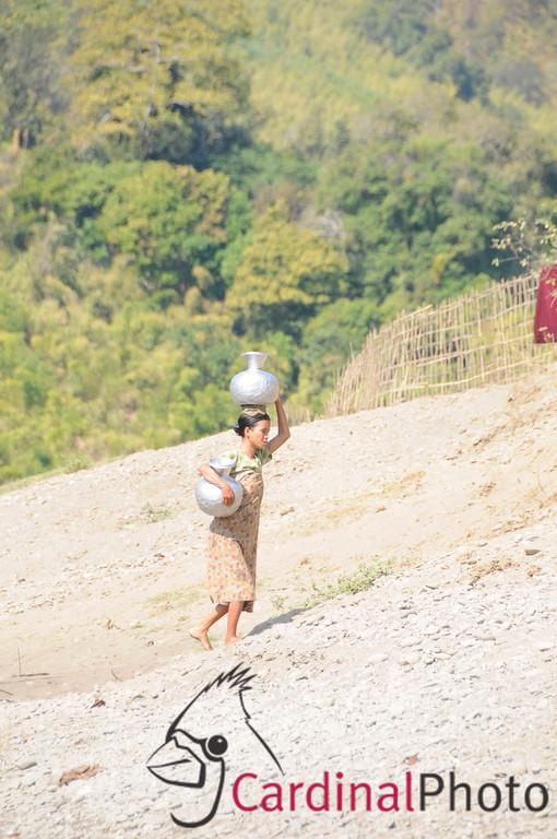 Mrauk U and Chin Villages, Rakhine Kingdom, Myanmar, Burma, Southeast Asia 1/ 1000s, at f/8 || E.Comp:0 || 200mm || WB: AUTO 0. || ISO: 560 || Tone:  || Sharp:  || Camera: NIKON D300on: 2009:01:10 12:11:51