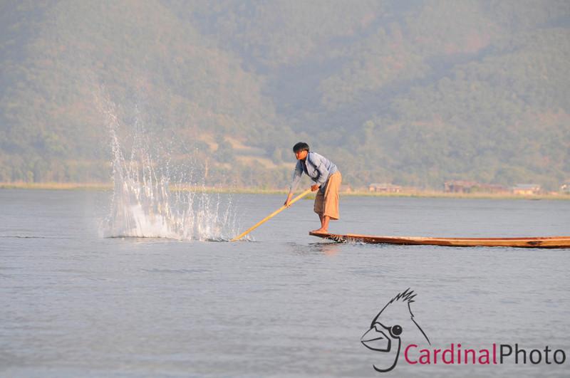 Inle Lake Area, Shan State, Myanmar (Burma), Southeast Asia 1/ 125s, at f/11 || E.Comp:-3 / 6 || 200mm || WB: AUTO 0. || ISO: 400 || Tone:  || Sharp:  || Camera: NIKON D300on: 2009:01:14 16:58:11