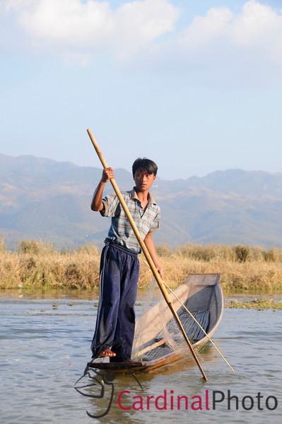 Inle Lake Area, Shan State, Myanmar (Burma), Southeast Asia 1/ 750s, at f/6.7 || E.Comp:0 || 56mm || WB: AUTO 0. || ISO: 400 || Tone:  || Sharp:  || Camera: NIKON D300on: 2009:01:13 16:22:15