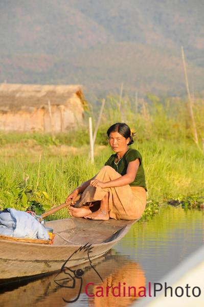 Inle Lake Area, Shan State, Myanmar (Burma), Southeast Asia 1/ 750s, at f/11 || E.Comp:0 || 150mm || WB: AUTO 0. || ISO: 800 || Tone:  || Sharp:  || Camera: NIKON D300on: 2009:01:13 16:42:14
