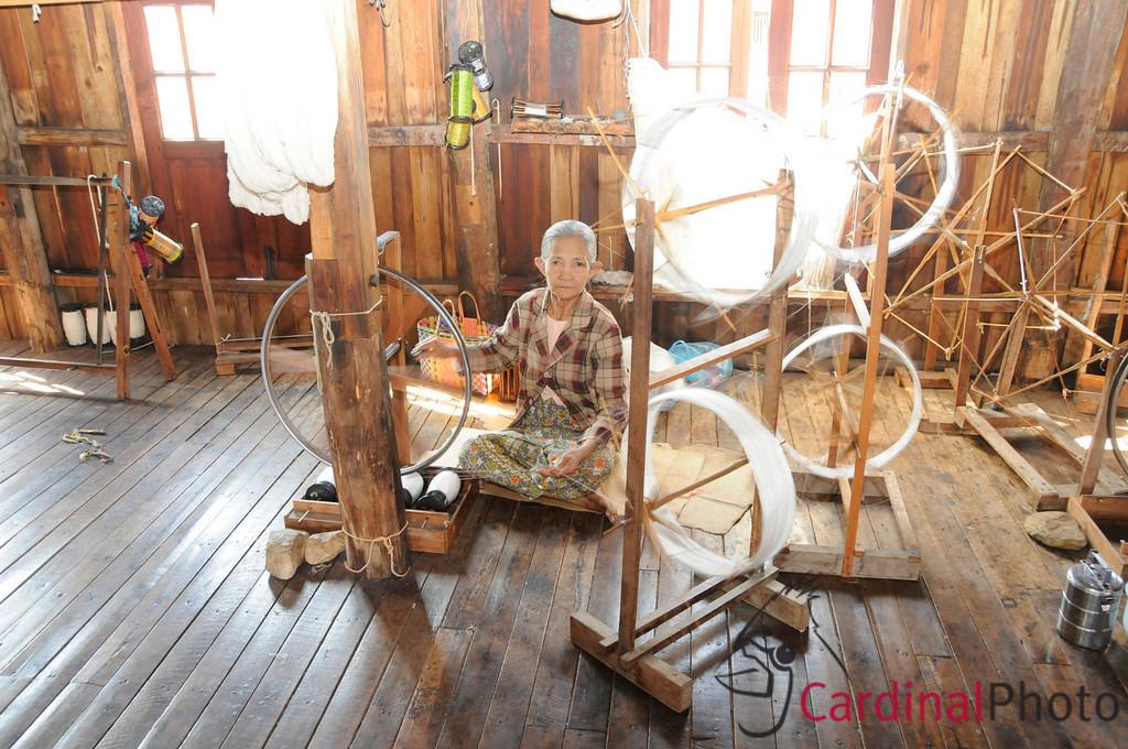 Inle Lake Area, Shan State, Myanmar (Burma), Southeast Asia 1/ 20s, at f/8    E.Comp:3/6    20mm    WB: AUTO 0.    ISO: 800    Tone:     Sharp:     Camera: NIKON D300on: 2009:01:14 13:32:52