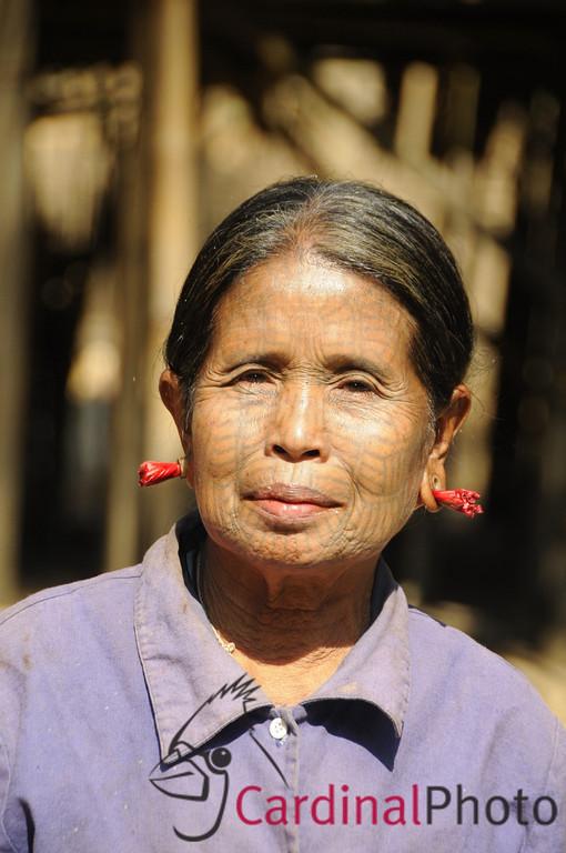 Mrauk U and Chin Villages, Rakhine Kingdom, Myanmar, Burma, Southeast Asia 1/ 1500s, at f/8 || E.Comp:-3 / 6 || 135mm || WB: AUTO 0. || ISO: 560 || Tone:  || Sharp:  || Camera: NIKON D300on: 2009:01:10 11:14:32