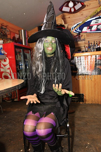 Costume Contest 2009_1029-004