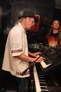 Street Survivors Live at Stoney B's 2008_0920-199