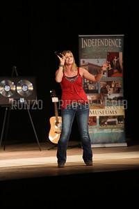 Amanda Mayberry 2013_0412-101