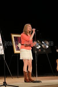 Annie Hart 2013_0412-068