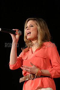 Annie Hart 2013_0412-013