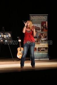 Amanda Mayberry 2013_0412-100