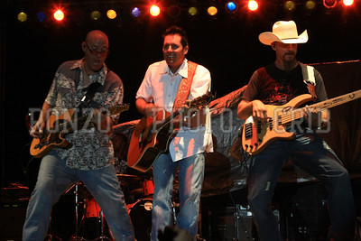CASEY DONAHEW BAND 1 2011_0806-094