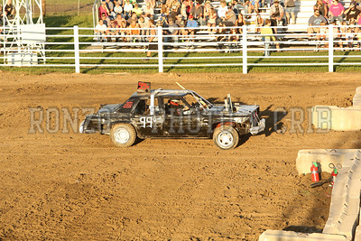 Demolition Derby 2013_0810-008