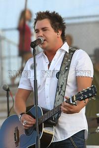 Eli Young Band 2009_0808-017