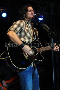 JOE NICHOLS 2011_0806-004a