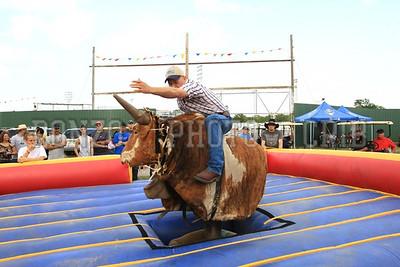 Bull Ride 2011_0811-037