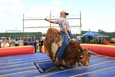 Bull Ride 2011_0811-040