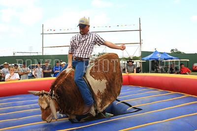 Bull Ride 2011_0811-045