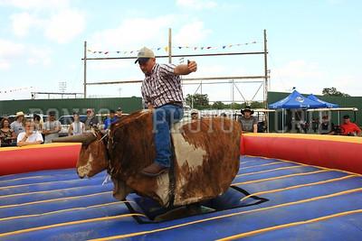 Bull Ride 2011_0811-036