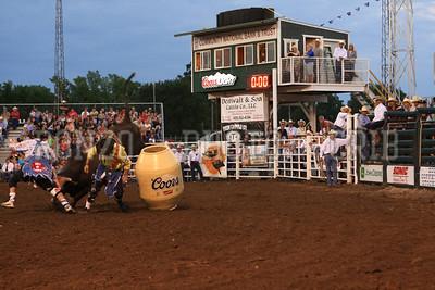 PRCA BULL RIDING 1 2012-0814-043