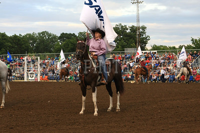 PRCA BULL RIDING 1 2012-0814-015