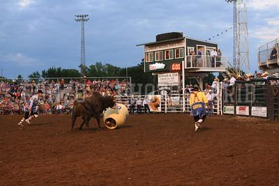 PRCA BULL RIDING 1 2012-0814-047