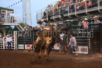 PRCA BULL RIDING 1 2012-0814-030